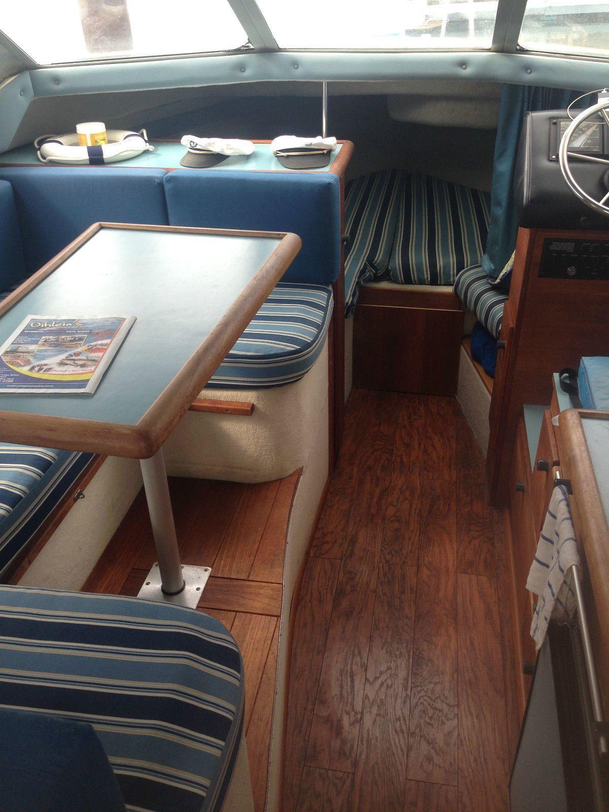 Bayliner 2556 1988 For Sale For 6 000 Build Your Own Boat Boat Plans Boat Building