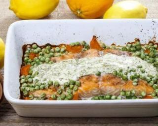 Saumon minceur au four, petits pois et sauce à laneth