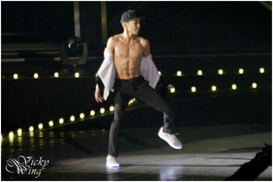 男偶像「肌肉秀」哪家強? 每塊腹肌都讓你尖叫 - KPOP 韓星網 (Beauty)