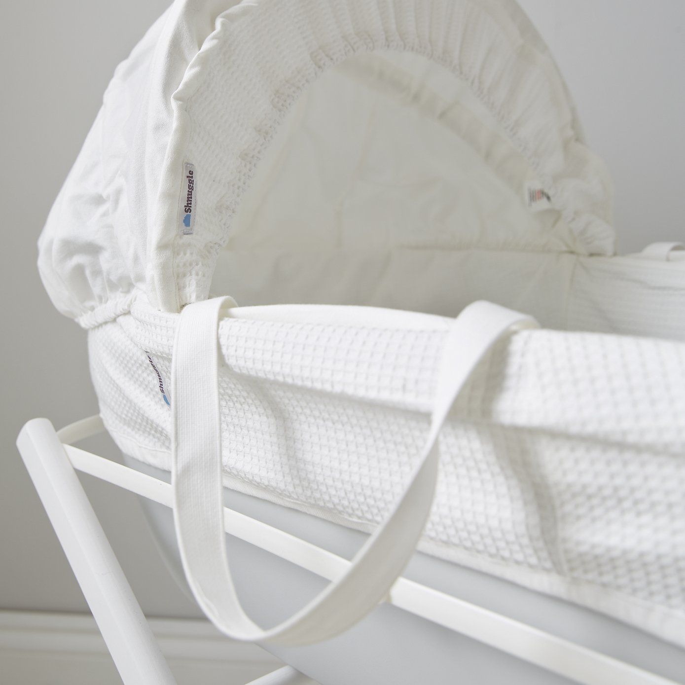 Shnuggle Moses Basket Baby Hangers Baby Hangers The White