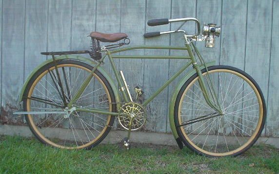 1918 harley davidson bicycle. 28 inch wood wheels, carbide lamp