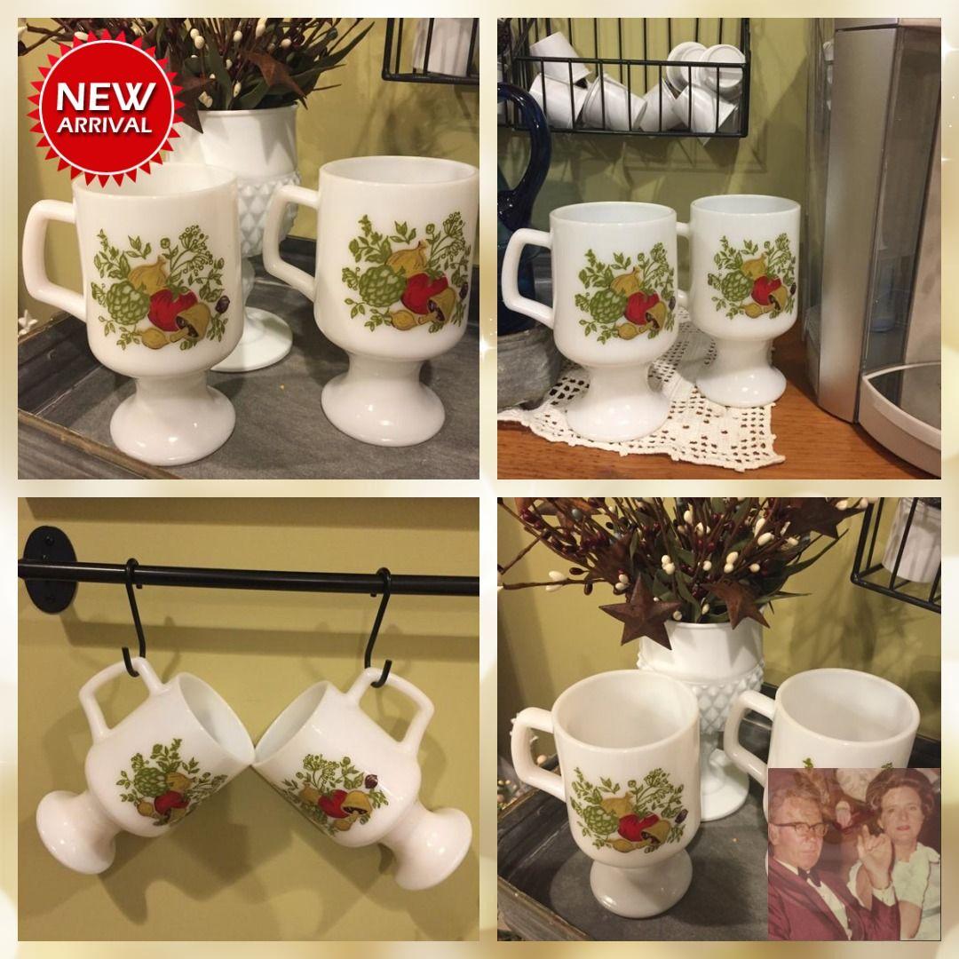 Coffee/Tea Mugs, Pedestal, set of two, Corning Spice of