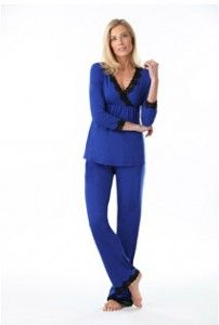f7b3c44268 Shop at Pretty Long for tall women s sleepwear pajamas who wants an ultra-comfy  fit. Find a great selection of top brands to fit every size and body type.