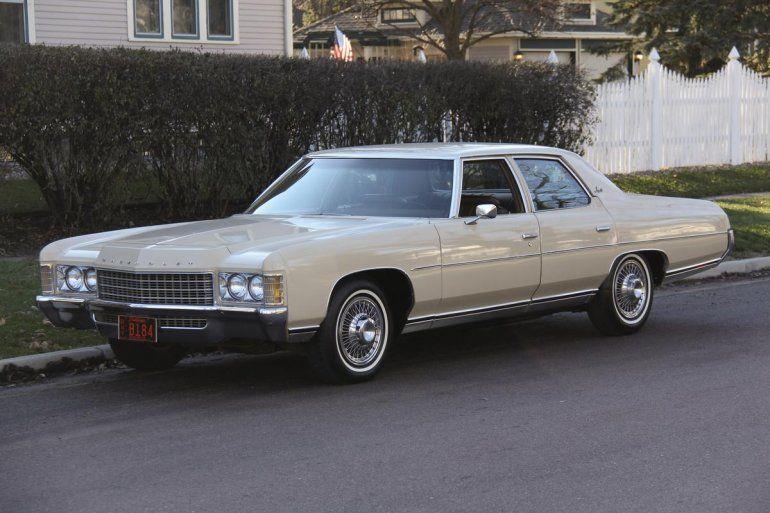 Résultats de recherche d'images pour «1971 chevrolet impala sedan»