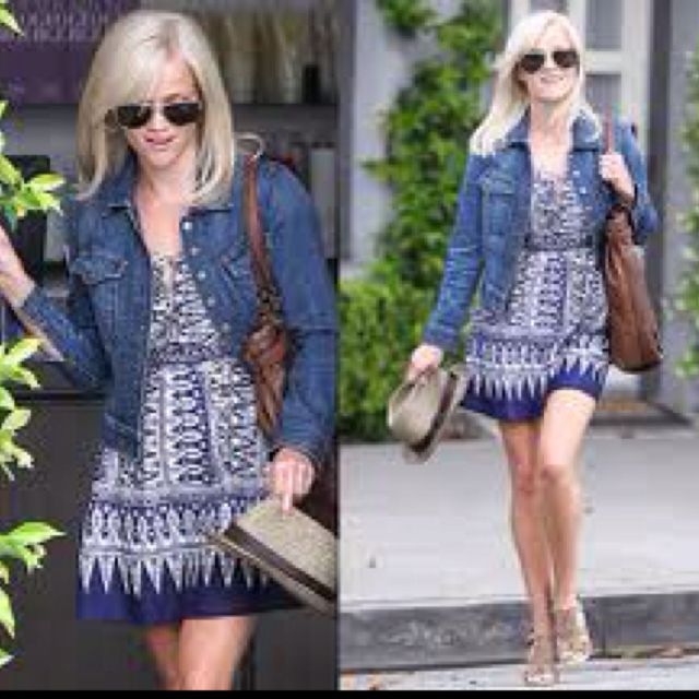I love Reese Witherspoon! And love her personal style! Such a cute casual mama!