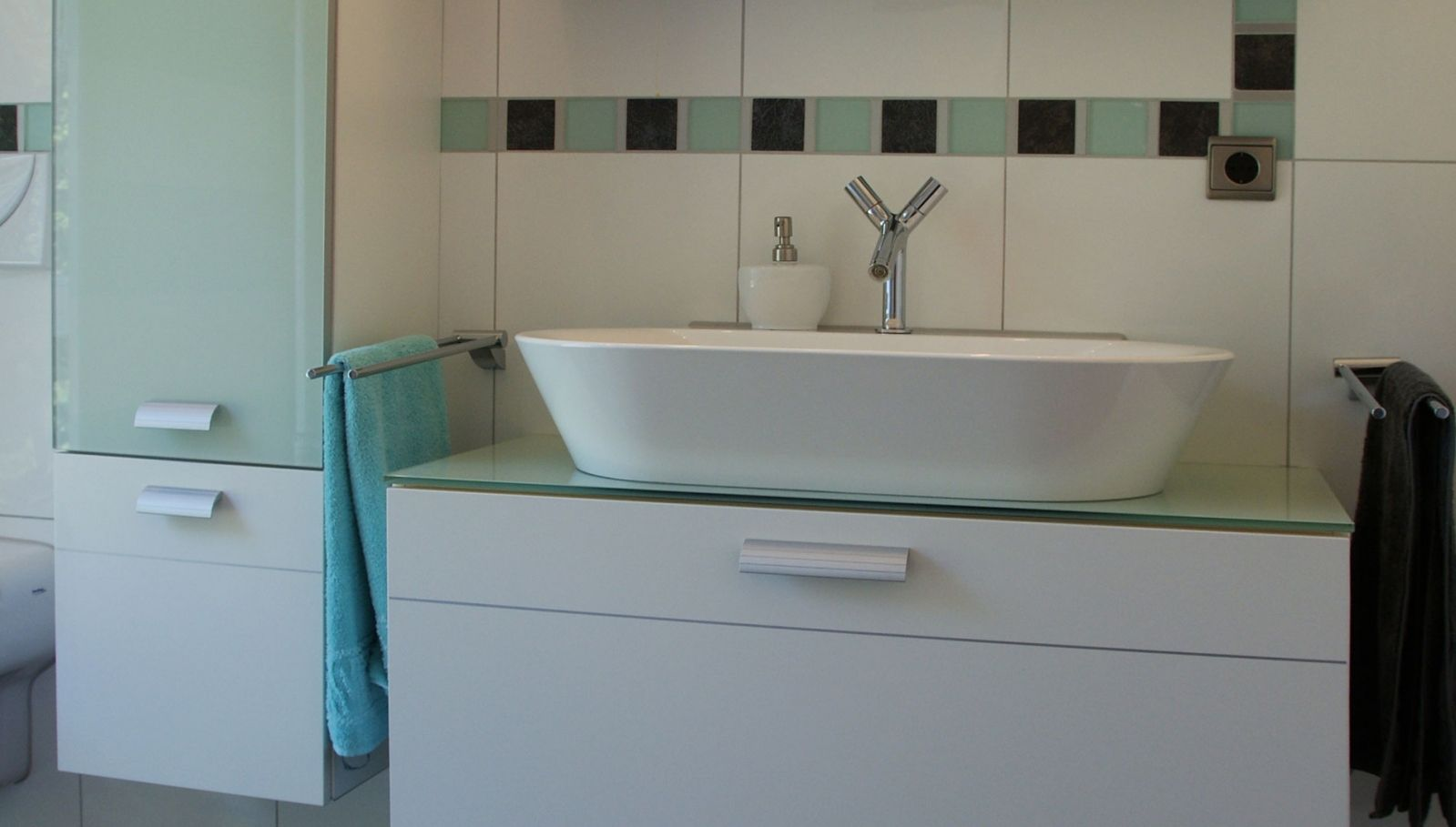 badezimmer bathroom fertighaus bei frankfurt. Black Bedroom Furniture Sets. Home Design Ideas