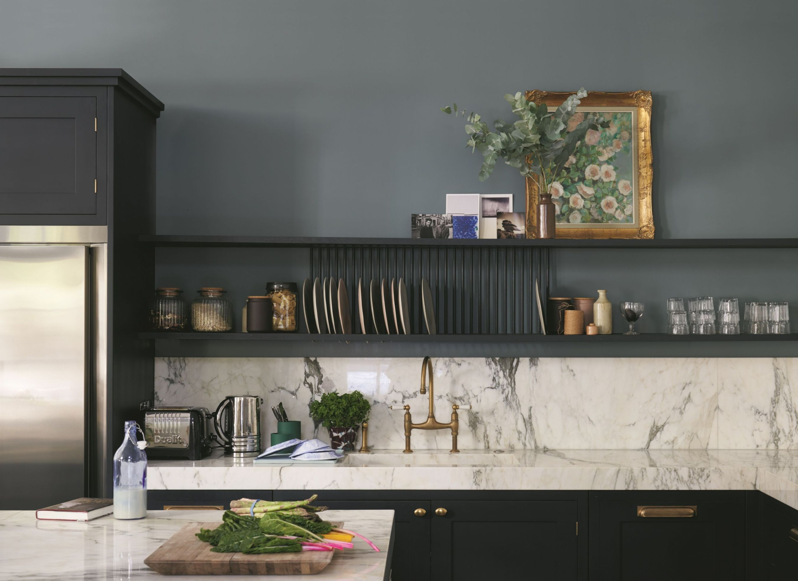 Paint Inspiration 20 Colorful Rooms We Love Black Southern Belle Kitchen Inspirations Oval Room Blue Farrow Ball