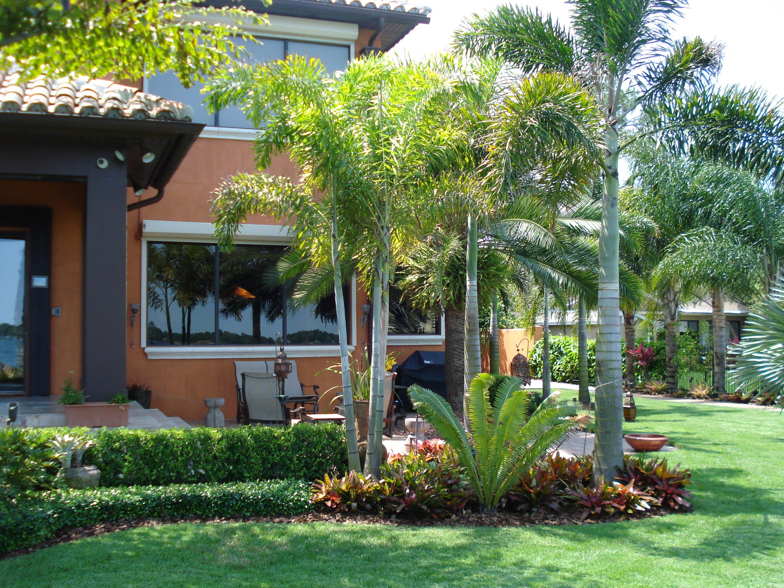 beautiful yards pictures yard landscaping beautiful on attractive tropical landscaping ideas id=83973