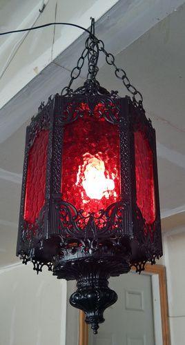 Photo of Fantastic haunt lighting yard sale find by Halloween Forum member Name:  lamp3.j…