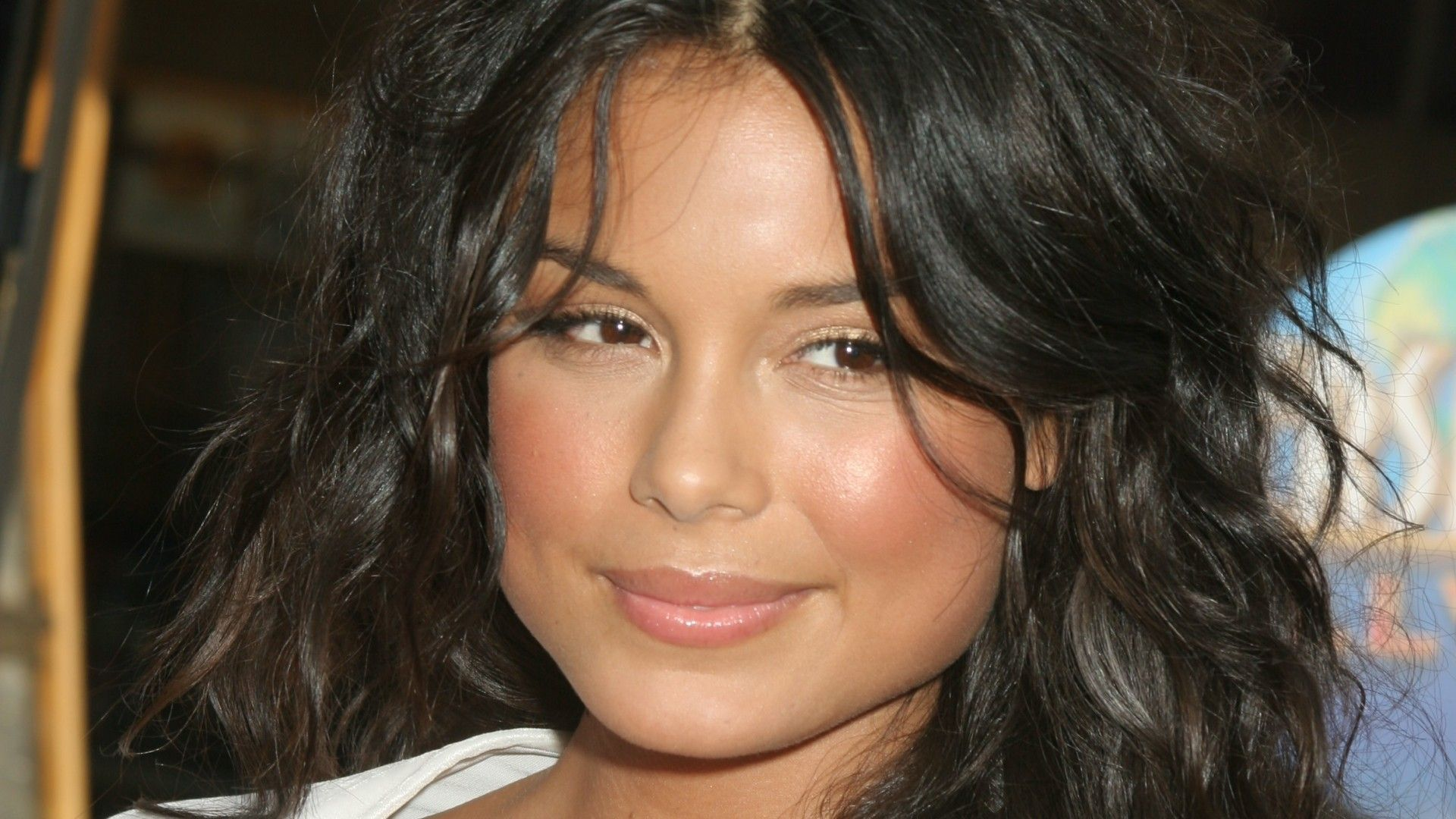 nathalie kelley interview