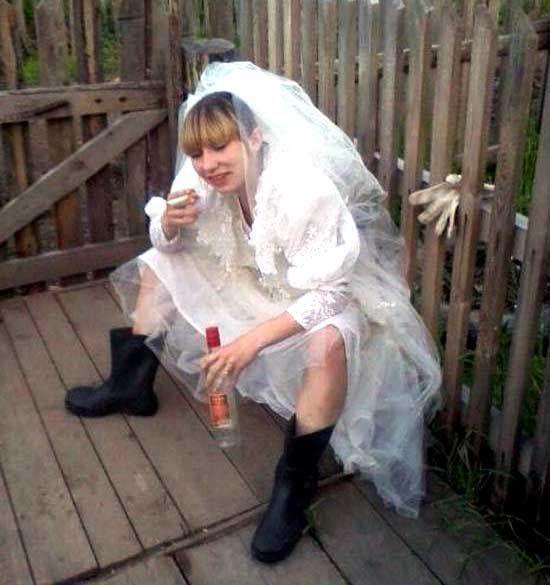 Фотосрам: пьяные в хлам невесты - KICK.MEDIA | Невеста, Смешно, Фотографии