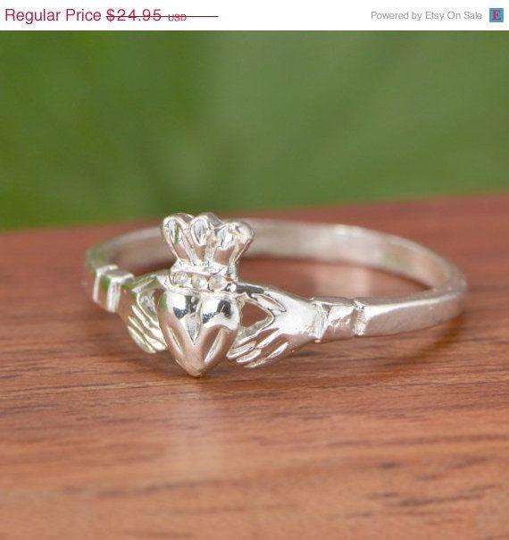 SALE Sterling Silver Claddagh Ring - Claddagh Jewelry - Sterling Claddagh - Silver Ring - Sterling Ring
