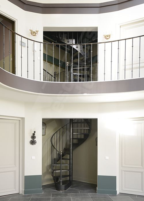dh122 spir 39 d co bistrot sans contremarche escalier d 39 int rieur en colima on sur 2 niveaux. Black Bedroom Furniture Sets. Home Design Ideas