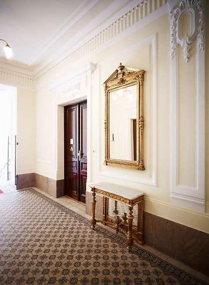stiegenhaus 2 wiener altbau staircases in 2019. Black Bedroom Furniture Sets. Home Design Ideas
