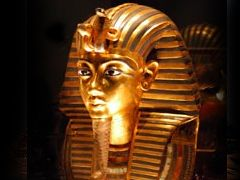 Mask of Tutankhamun at the Egyptian Museum, Cairo