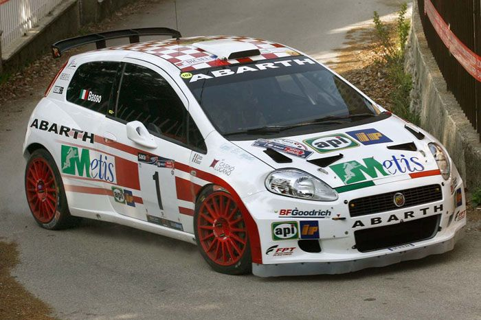 Fiat Punto Abarth At Street Rallies An Amazing Race With Images