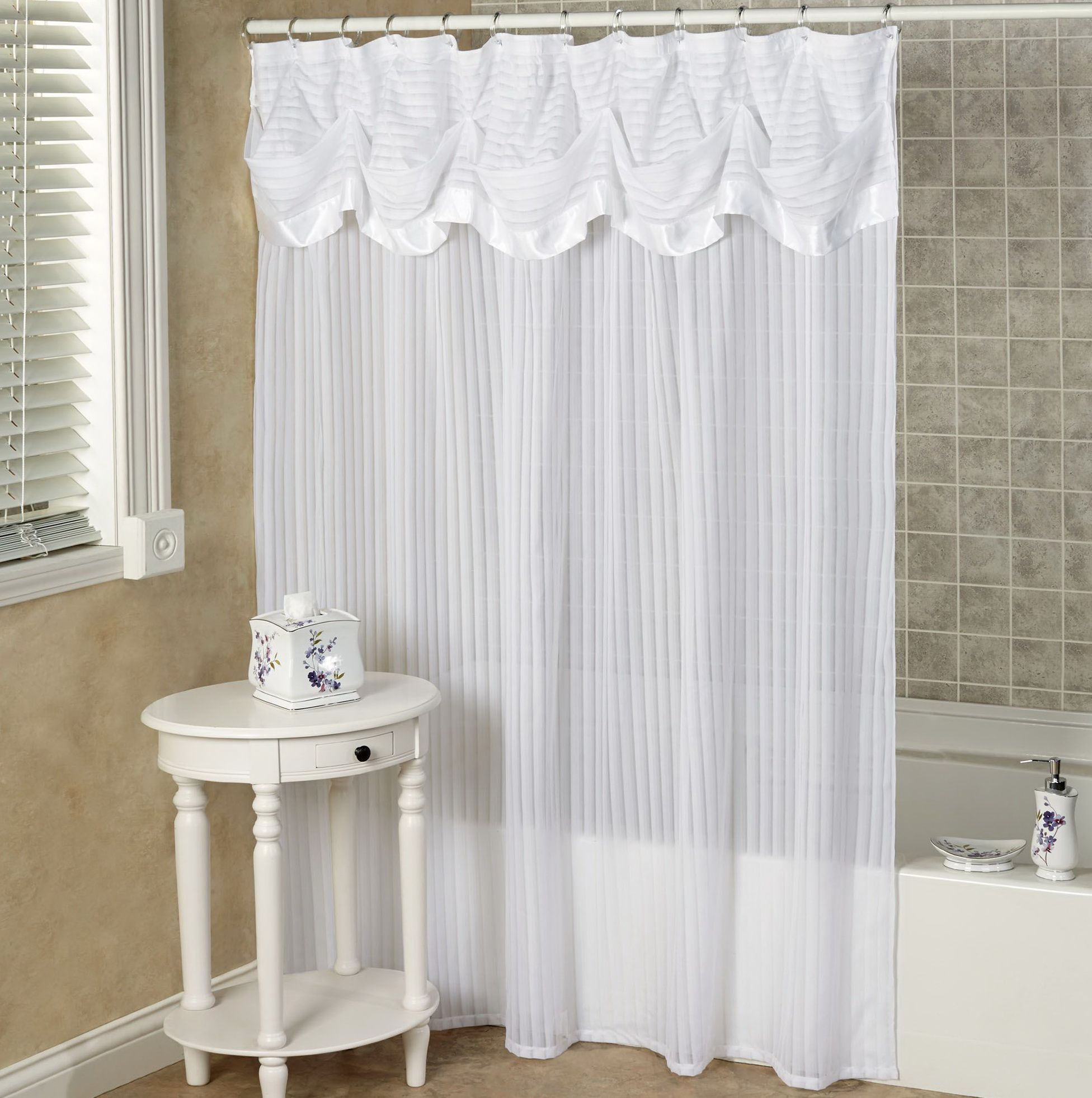 23+ Elegant Bathroom Shower Curtain Ideas, Photos, Remodel and ...
