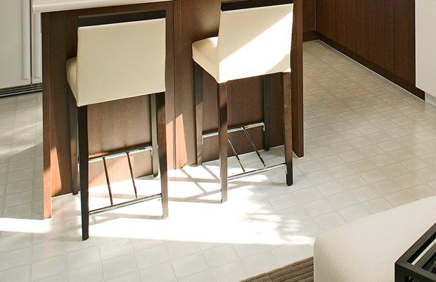 Diy Tips For How To Remove Vinyl Flooring Old Linoleum Or