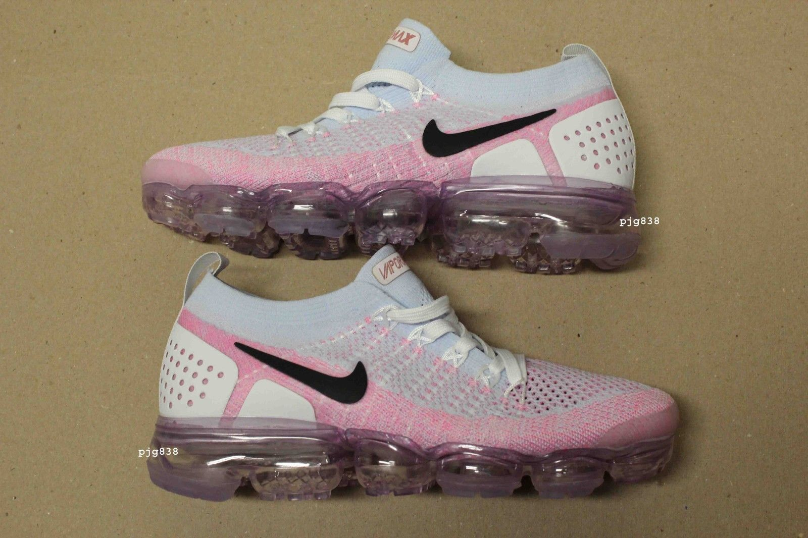big sale 77e7b 93579 Details about Women's Nike Air VaporMax Flyknit 2 v2 size 8 ...