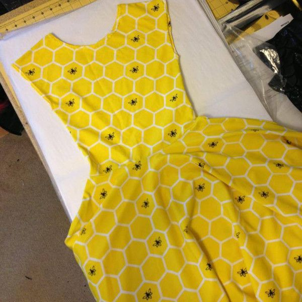 Bee's Knees Skater Dress – Gold Stitches; Oops, I need it