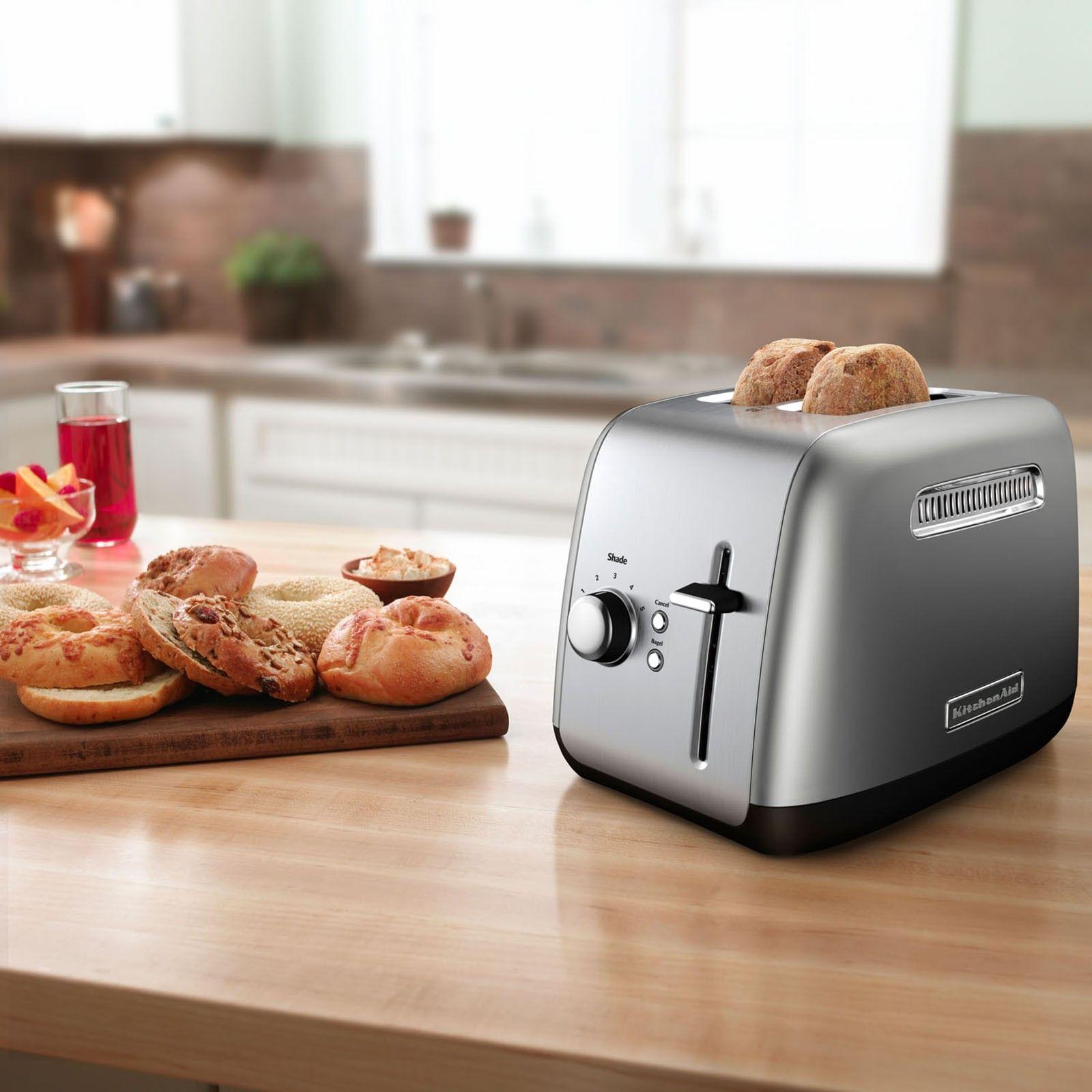 2slice manual lift lever toaster by kitchenaid zola