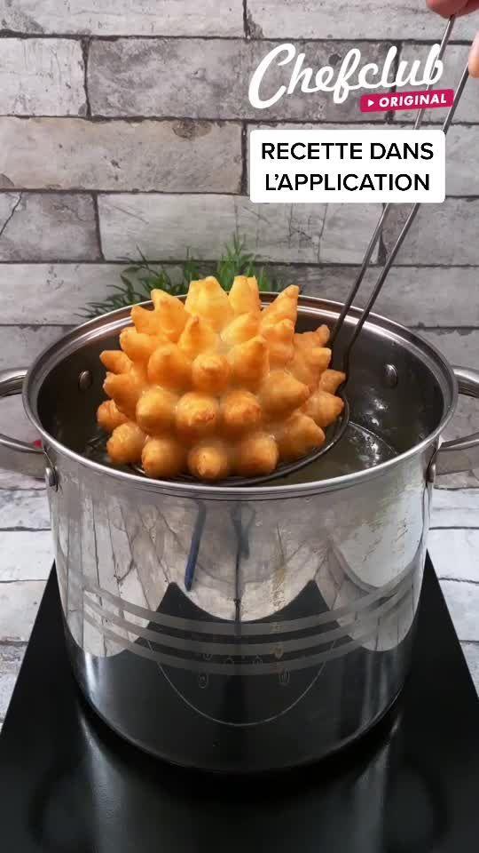 La patate omelette ! L'œuf s'est trouvé dans un nid douillet. 😉
