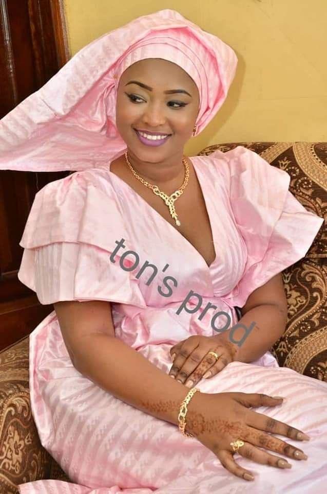 Épinglé par Sane sur mode wolof Mode africaine, Robe