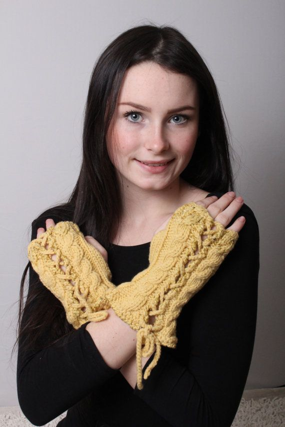 Fingerless Gloves Hand knit Cashmere Lace by Reginastimelessknits