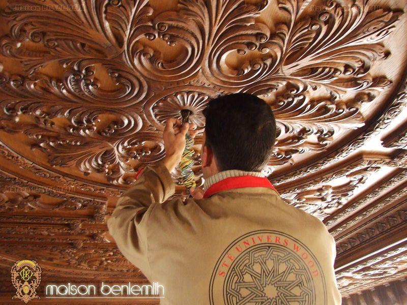 Épinglé par Maison Benlemlih sur Plafond en bois Style Baroque   Plafond bois, Style baroque ...
