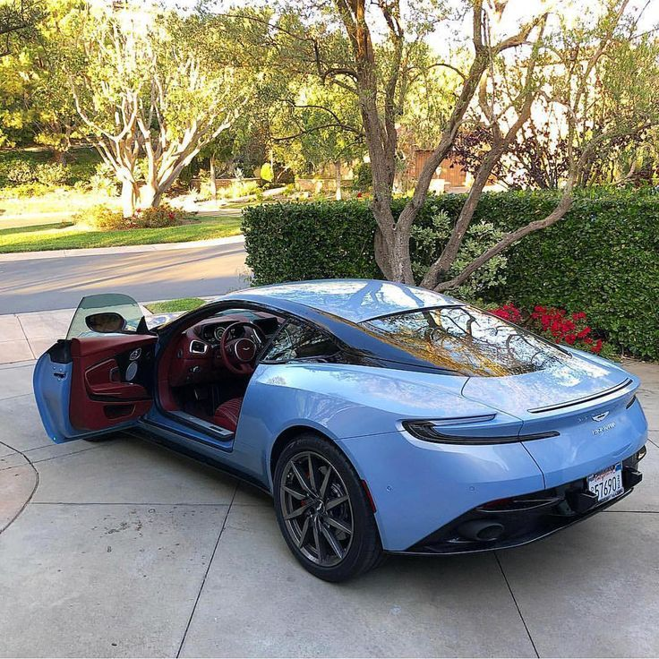 Best Sports Cars : Illustration Description Aston Martin