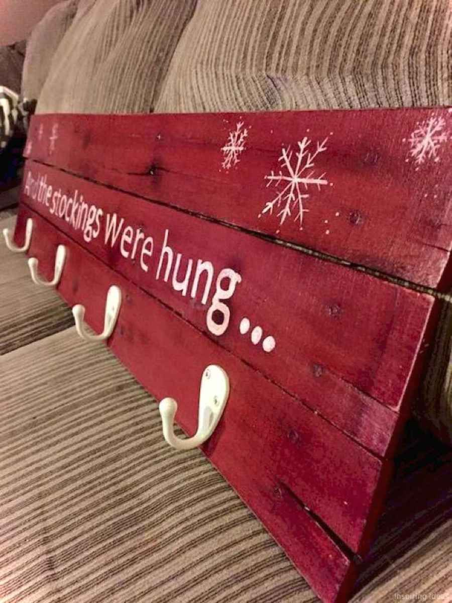 0019 Awesome Diy Wooden Christmas Craft Ideas Holiday Crafts Pallet Christmas Christmas Wood