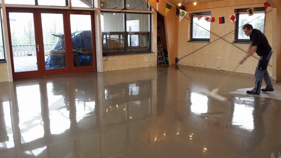 Pvc Vloer Egaliseren : Egaliseren van ondervloer met rakel pvc vloeren pinterest van
