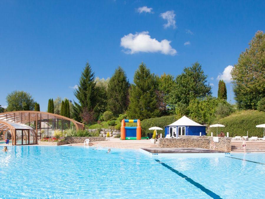 Camping La Pergola 5* à Marigny dans le Jura au bord du
