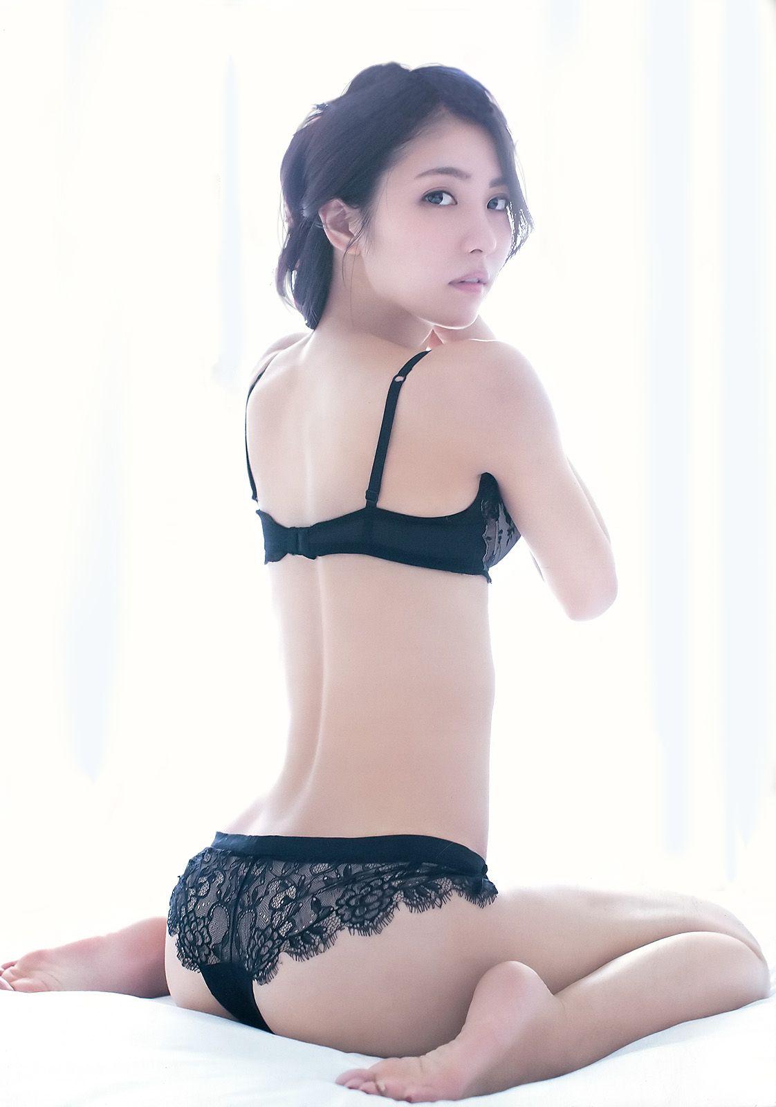 Sexy cute japanese girls