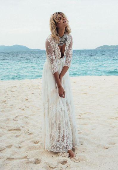 7cee3217a7a Γάμος στην παραλία: Alternative ιδέες για νυφικά φορέματα   Jenny.gr ...