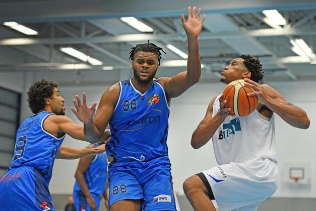 1. Basketball-Regionalliga: Dolphins unterliegen Grevenbroich 78:87 +++  Geschenk nicht angenommen