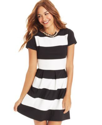 Black and White Outfits for Juniors