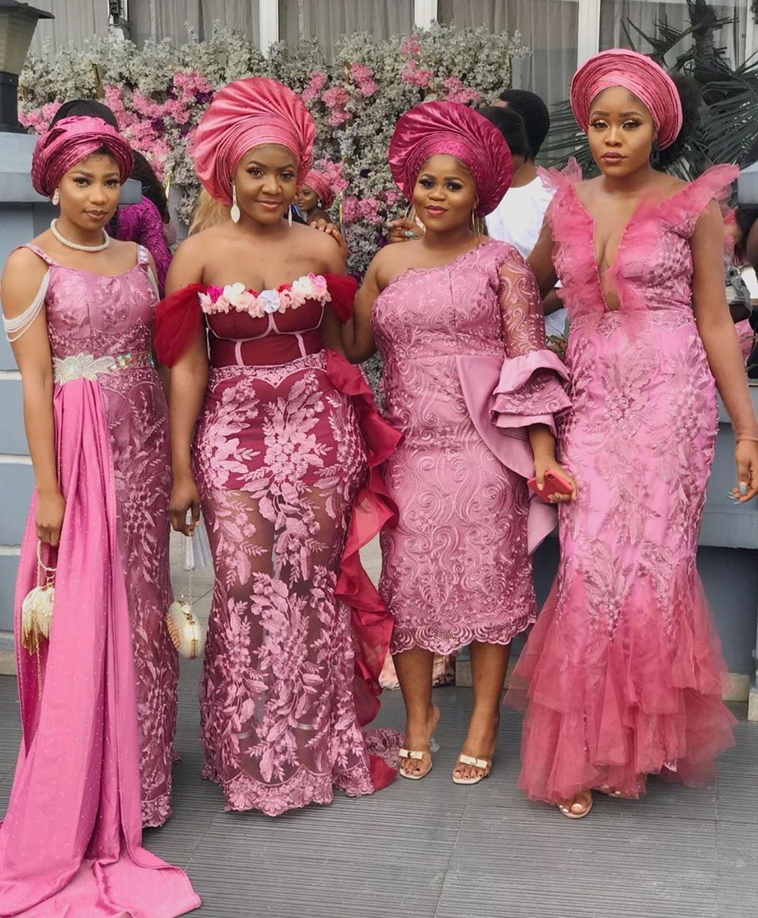 Asoebi Styles On Instagram Asoebi Styles Pls Tag Them Latest African Fashion Dresses Lace Gown Styles African Fashion Dresses