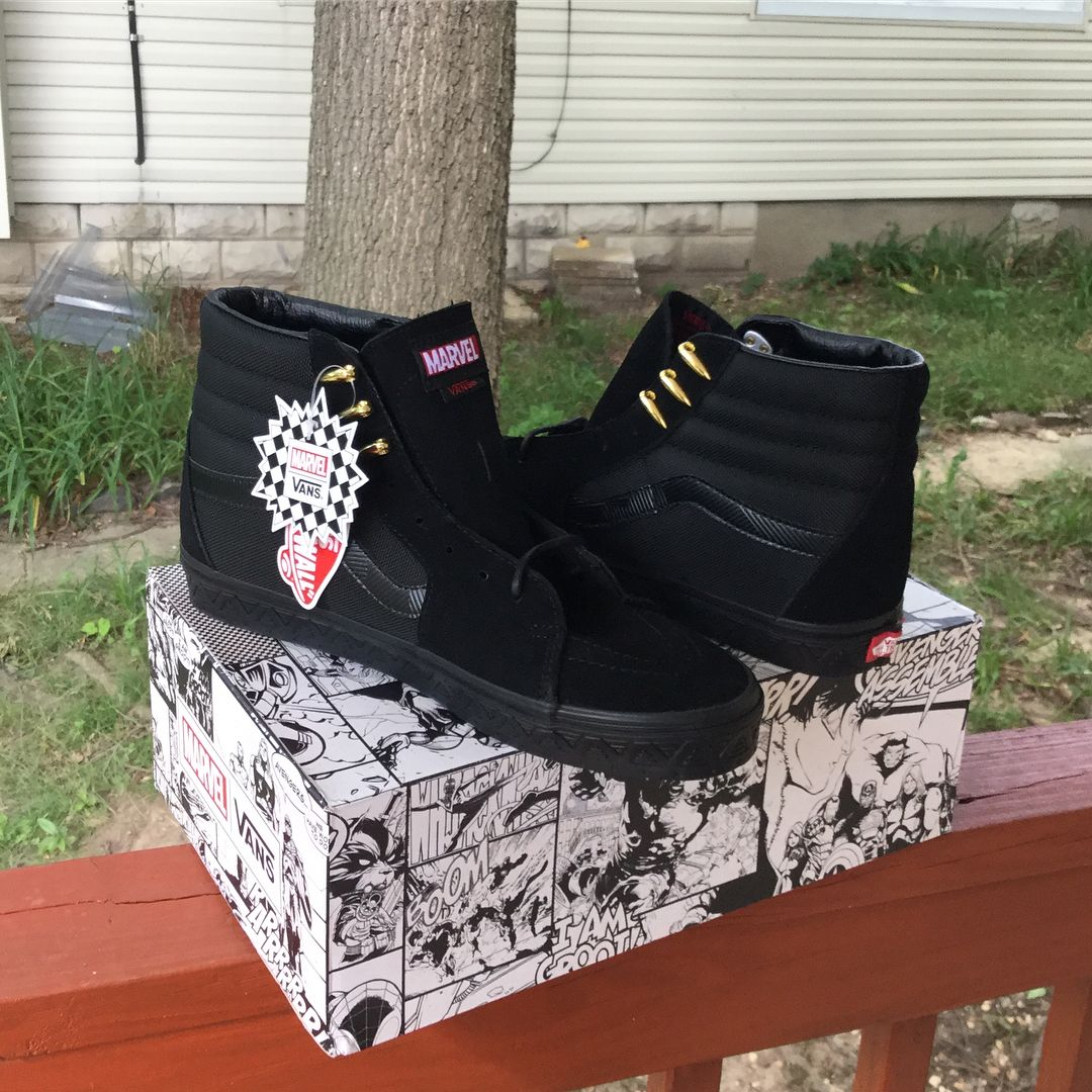 Pin de Julliaff em sapatos | Sapatos, Wakanda
