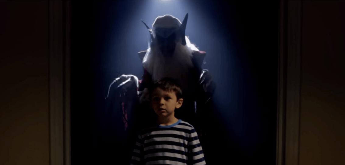 ليلة عيد الميلاد قصة رعب قصيرة Christmas Horror Scary Superhero