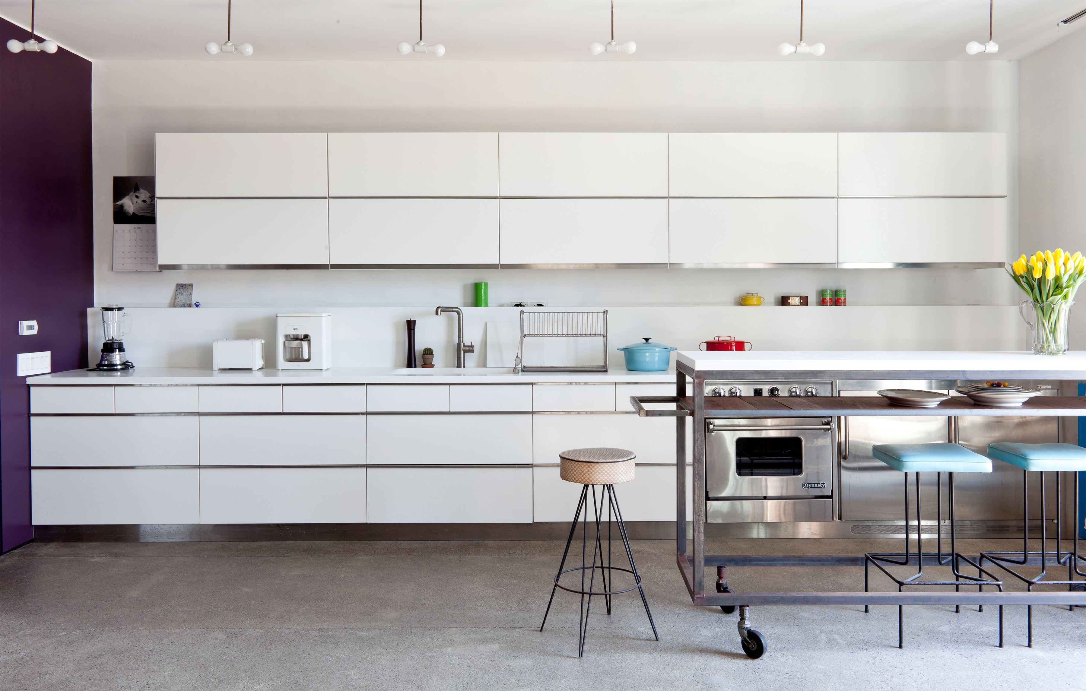 His Real Estate Agent Craigslist Published 2011 Kitchen Built Ins Home Kitchens Kitchen Design