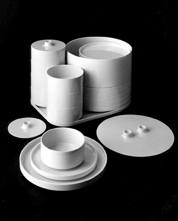The Milanese Heller Dinnerware Set Design By Massimo Vignelli