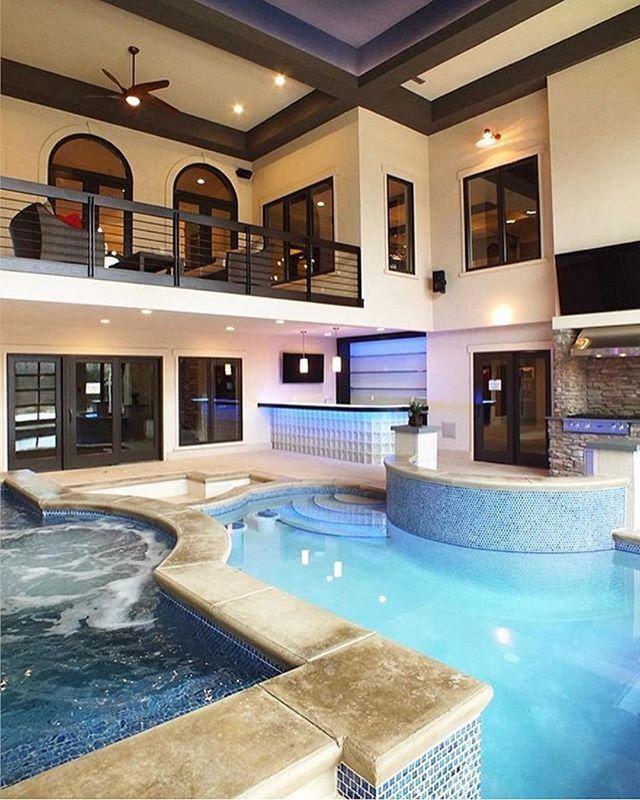 Instagram Media By Vomos Pure Luxury Spectacular Indoor Pool Inside This Private Residence Kolam Renang Dalam Ruangan Rumah Besar Rumah Dengan Kolam Renang