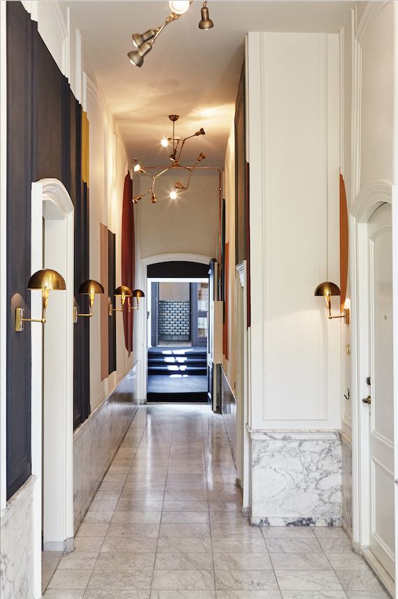 The hoxton hotel amsterdam monumental hallways interior for Interieur design amsterdam