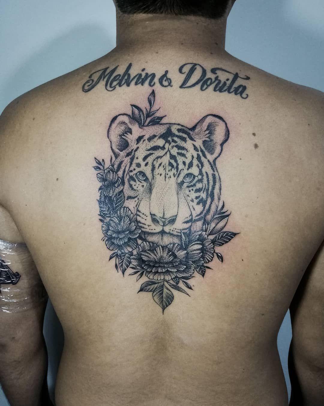 ❌Tigre❌  Espero les guste ✌️💀 Para alguna consulta, presupuesto o separar una cita pueden dejarme un mensaje al inbox o al WhatsApp 955835575 📲 (No llamadas) × × × × ×  #tattooart #koitattoo #happytattoo #perutattoo #peruart #peruvianart #peruvianartist #ink #tattoo #tarapoto  #eternalink #letteringtattoo #orientaltattoo #wordingtattodesign #tatuajes #tattooartwork #linework #blackworktattoo #biotattoo #biomecanico #mechanictattoo #blacktattooworlds #blackandwhite  #blackandgrey #blackangrey #