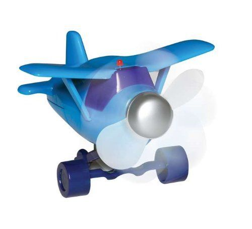 Plane Fan By Daron Worldwide 4 48 Requires 2 Aa Batteries Not Included Keep Cool In Style Moves Under Its Propeller Power Or Cool Toys Desk Fan Toys