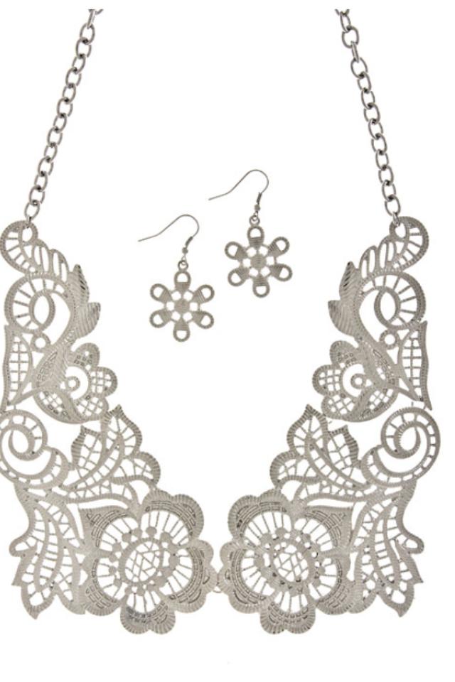 Peces - Metal Lace Necklace Set, $18.99 (http://www.shoppeces.com/metal-lace-necklace/)