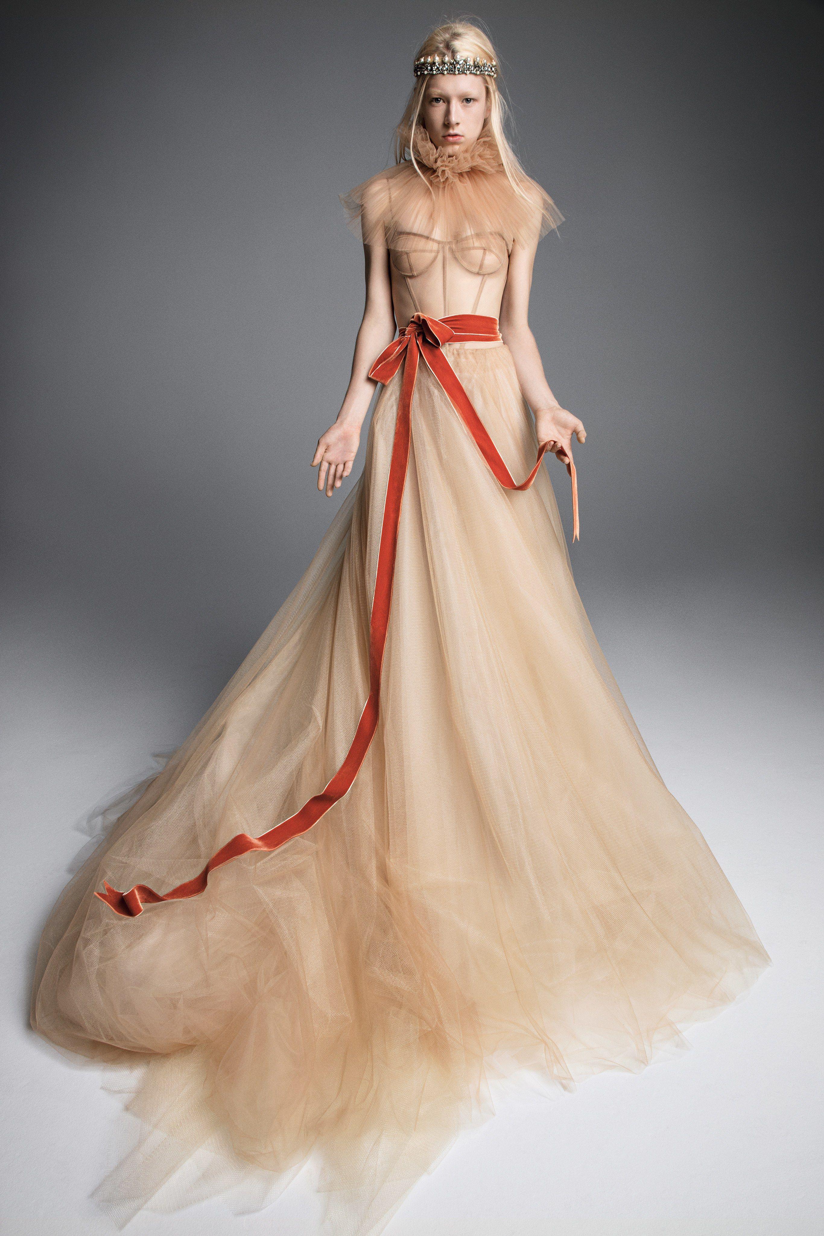 b57ffdd20cf26 Vera Wang Bridal Fall 2019 Fashion Show in 2019 | Weddings | Vera ...