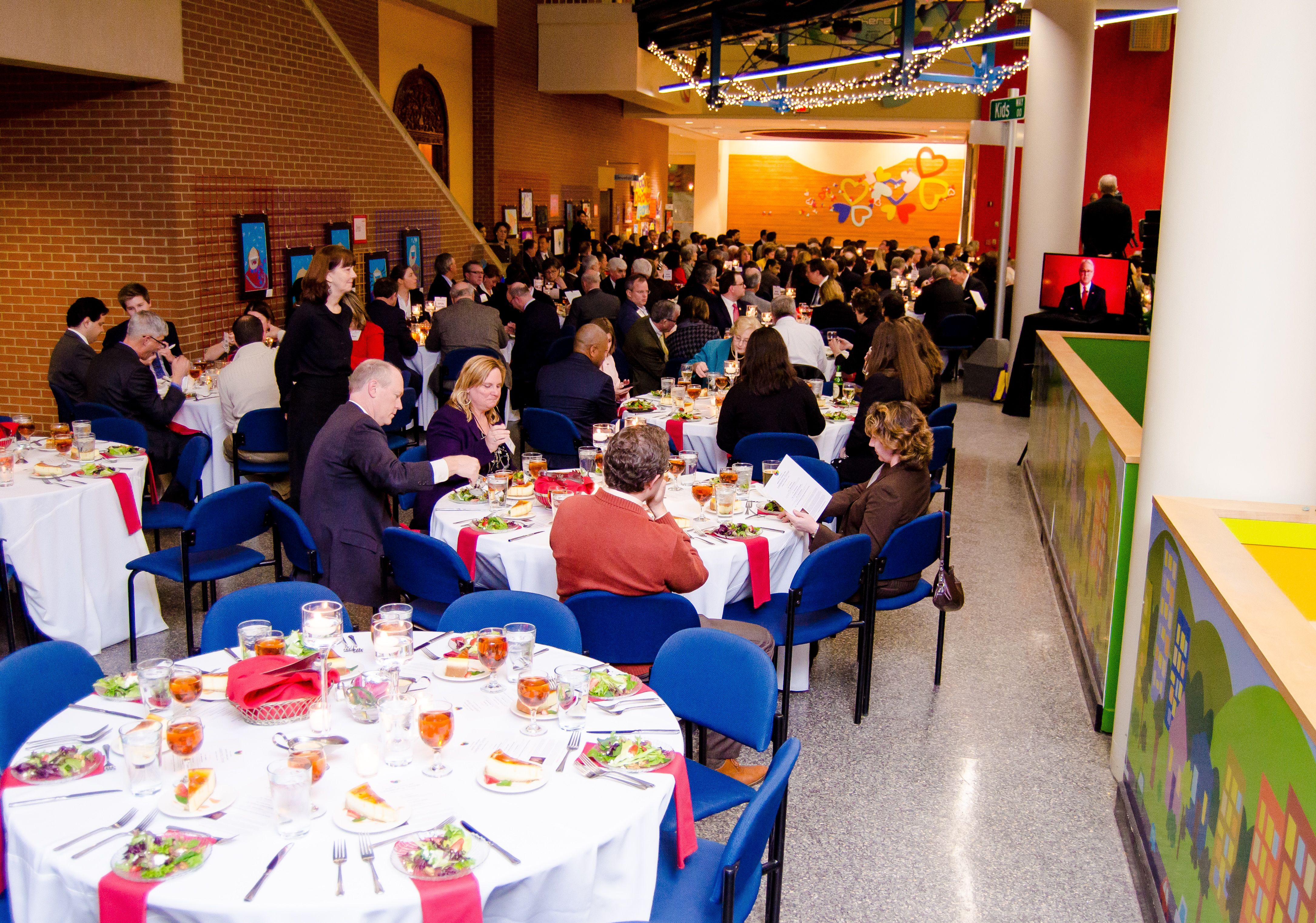 Nc Leadership Dinner At Marbles Raleigh Event Catering Event Catering Catering Event