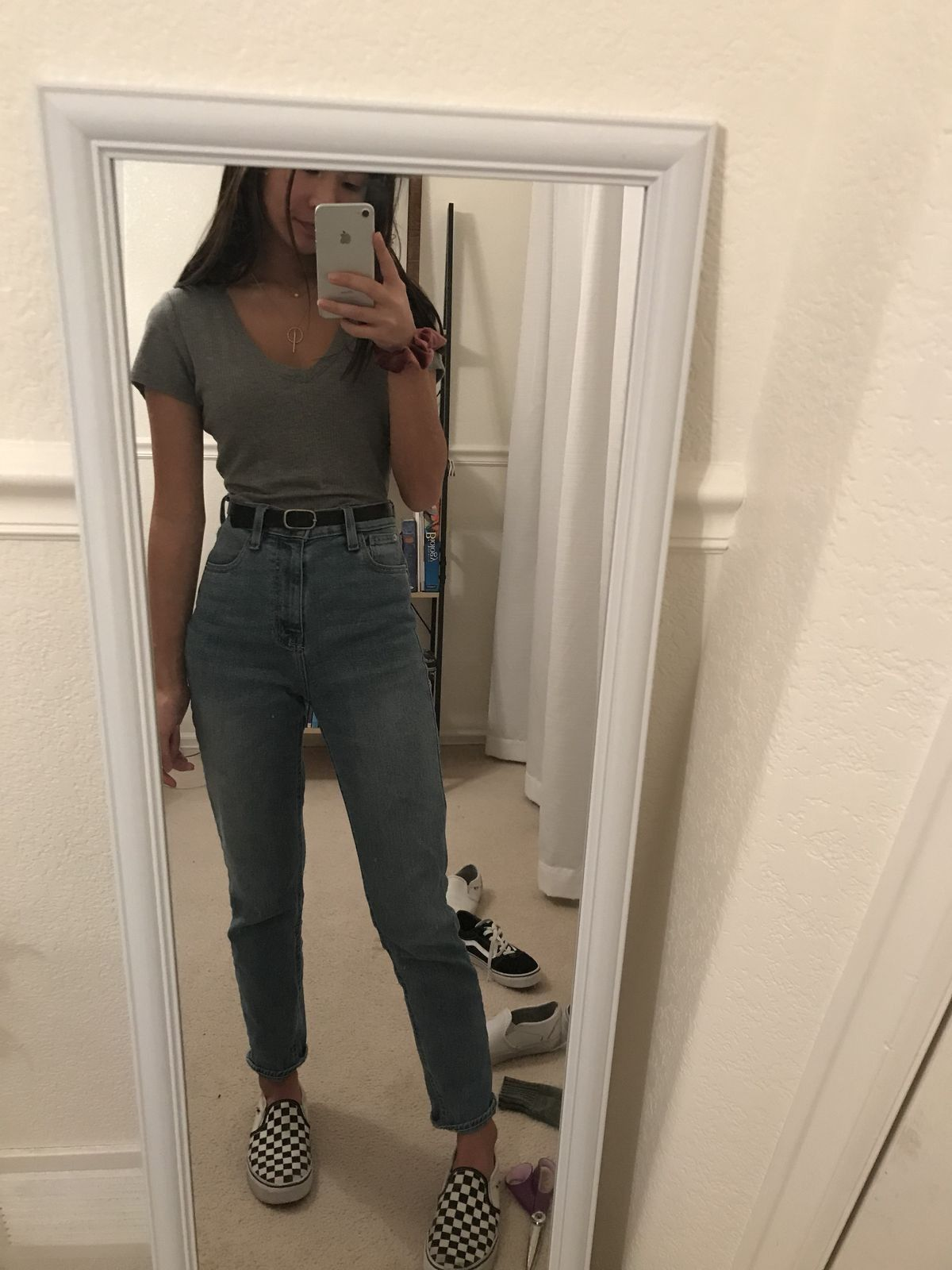 Pin By Jayda Winfrey On C L O T H E S Casual School Outfits Jeans Outfit Summer Clothes